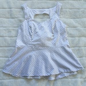 TORRID Polka Dot 1X Top Sleeveless Zip Back White